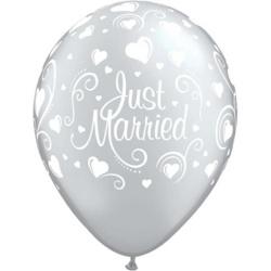 Balón Just Married strieborný metalický, 28cm, 1ks
