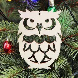 Drevená vianočná ozdoba na stromček sovička, 64x90mm
